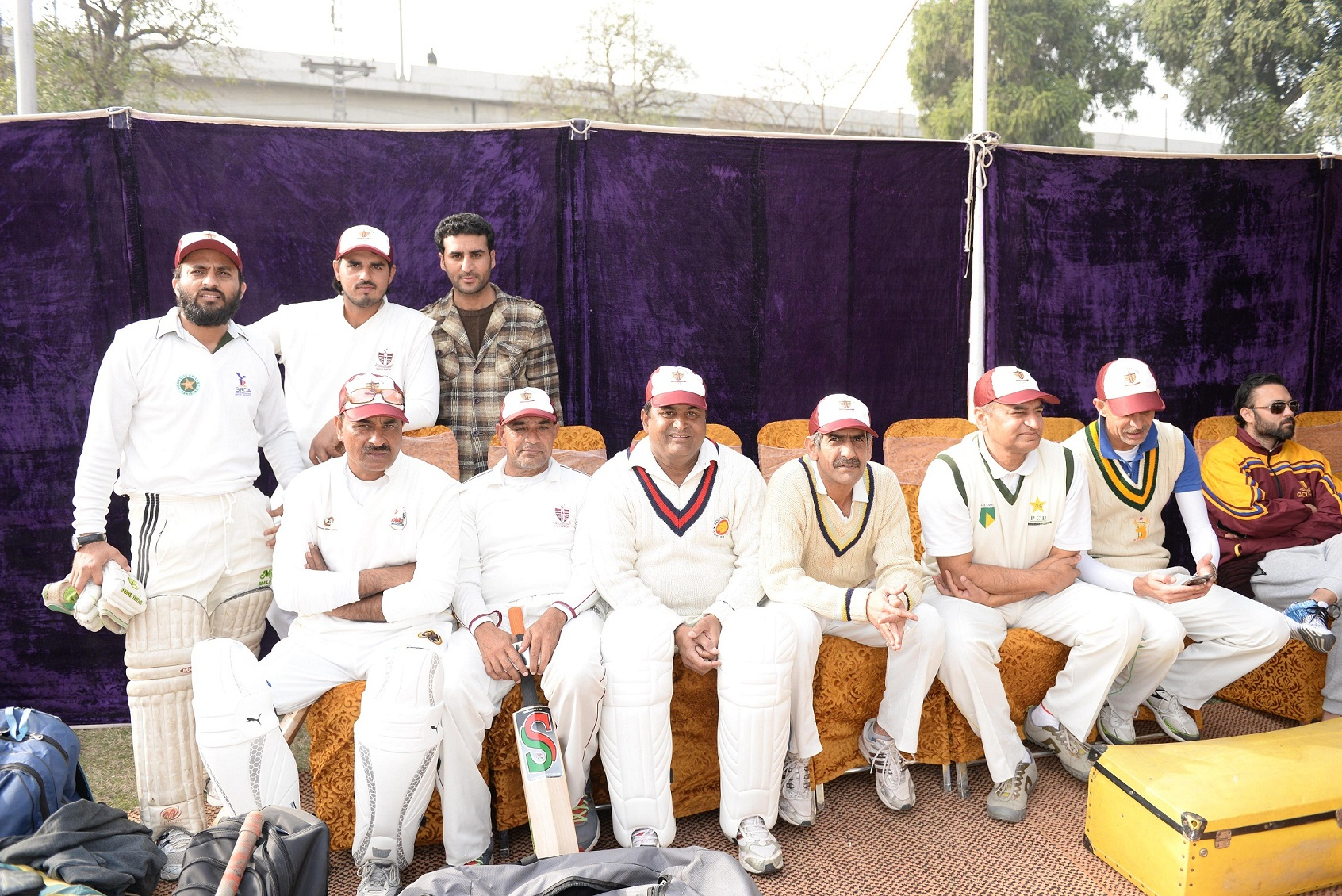 Players of Old Ravians XI